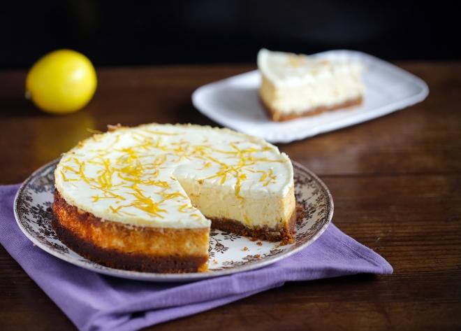 Say cheese! Petek je in limonina sirova torta.