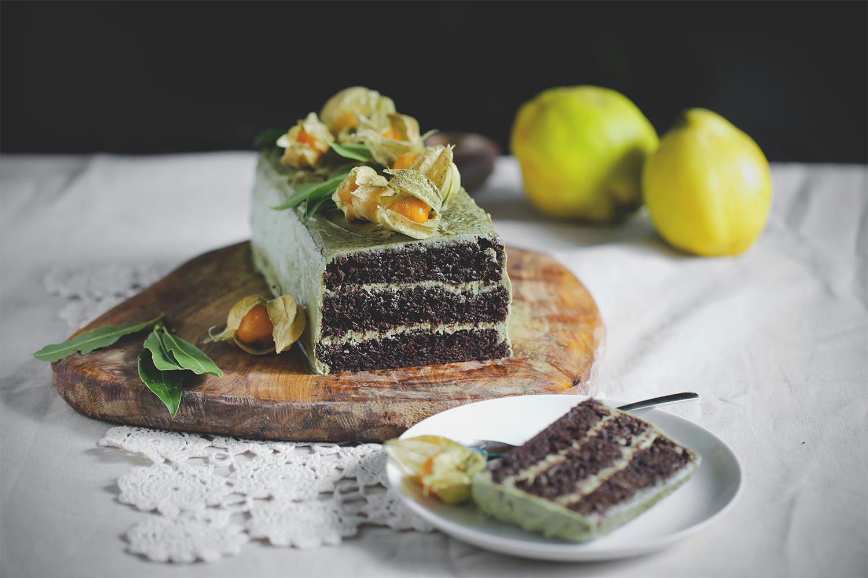 Čokoladno ječmenova matcha torta